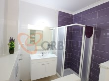 1 bathroom 2 bedroom apartment for sale in the Centre of Albufeira %6/14