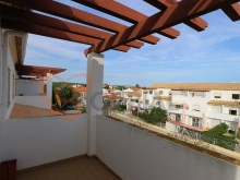 Apartment T2 + 1 with parking and garage for sale in Albufeira%14/15