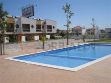 Townhouse with pool for sale in Albufeira%15/17