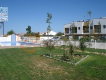 Townhouse with pool for sale in Albufeira%14/17