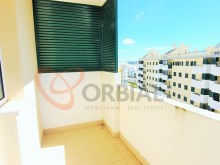 T1 apartment with garage in armacao de Pera, Algarve %9/10