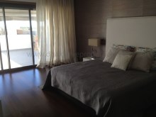 4 suites - 1 bedroom - Private - Spacious - Pool%10/15