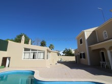 5bedroomvilla-pool-nearloule-spacious%4/17