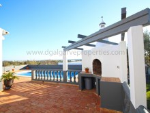 3 bedroom - privacy - pool - spacious - algarve%4/21