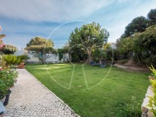 Groundfloor villa in Estoril%4/9