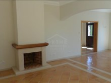 Bank Foreclosure House for Sale São Gonçalo Funchal Madeira (5)%5/28