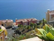 Bank Foreclosure House for sale with swiimming pool São Gonçalo Funchal (3)%4/32