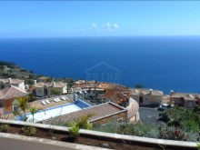 Bank Foreclosure House for sale with swiimming pool São Gonçalo Funchal (24)%22/32