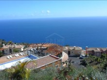 Bank Foreclosure House for sale with swiimming pool São Gonçalo Funchal (31)%30/32