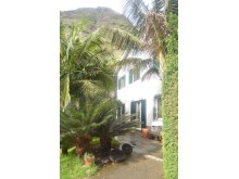 House for Sale with beautiful gardens Prime Properties Madeira Real Estate (3)%3/18