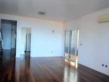 Luxury Apartment for Sale Prime Properties Madeira Real Estate (10)%2/26
