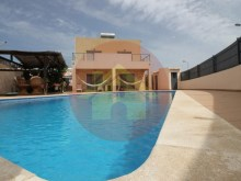 4 bedroom villa-for sale-Portimao, Algarve%8/44