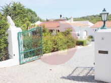 4 Bedroom Villa-For Sale-Portimao, Algarve%10/52