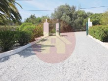 4 Bedroom Villa-For Sale-Portimao, Algarve%14/52