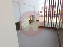T3 new apartments-waterfront-sale-Portimao, Algarve%8/22