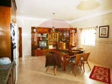3 bedroom villa-for sale-Alvor, Algarve%3/21