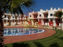 2 Bedroom Apartment-For Sale-Alvor-Portimão, Algarve%1/11