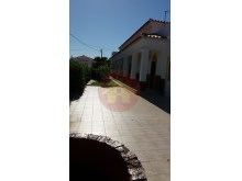 3 bedroom villa-for sale-Mexilhoeira Grande, Algarve%17/30
