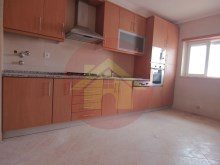 Apartment-for sale-Bad Share-sale-Alvor-4 estradas, Algarve%1/9