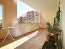 3 bedroom apartment-to sell-Portimão, Algarve%9/22