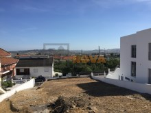 Terreno com 595m² no Zambujal%2/6