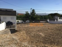Terreno com 595m² no Zambujal%3/6
