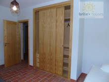 fitted wardrobes%22/33