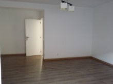 Apartment 3 Bedrooms%3/10