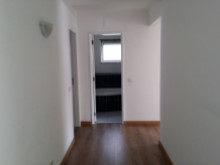 Apartment 3 Bedrooms%4/10