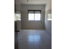 3 bedrooms with garage%2/13