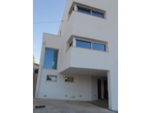 House 5 Bedrooms%33/34