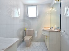 Bathroom %19/19