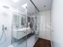 LGV_THouse-Model-Int19_WC-Master-Suite%21/28