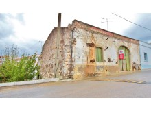 Detached house to restore, Tavira, Cachopo