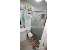 Bathroom with shower%7/8