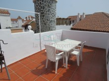 Roof Terrace%11/12