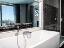 Villa in Praia D'El Rey Golf & Beach resort - bathroom 2(2)%8/31