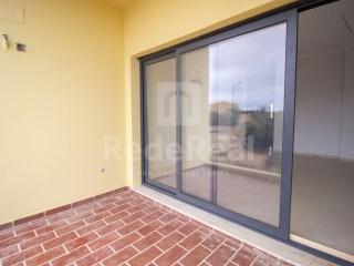 T2 Apartamento Quelfes - Venda