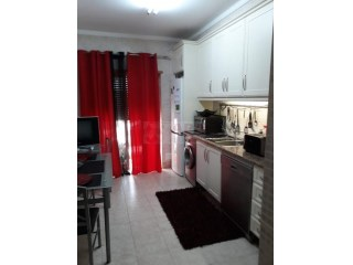 0 Pièces + 1 Chambre intérieur Appartement Faro (Sé e São Pedro) - Acheter