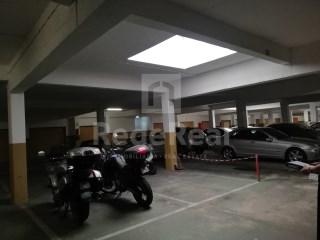 Garage Faro (Sé e São Pedro) - Acheter