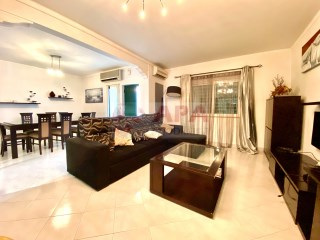 5 Pièces + 1 Chambre intérieur Maison Moncarapacho e Fuseta - Acheter
