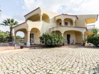 4 Bedrooms House Loulé (São Sebastião) - For sale