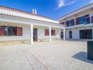 7 Bedrooms House Santa Bárbara de Nexe - For sale