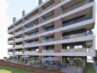 4 Bedrooms Apartment Faro (Sé e São Pedro) - For sale
