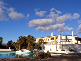 Country house with nice view, near to Palma. | 6 Bedrooms + 2 Interior Bedrooms