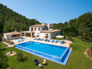Luxury villa near Felanitx with wonderfull sea-view. | 6 Bedrooms | 6WC