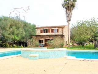 Charming finca near Cas Concos and Santanyí | 2 Bedrooms | 2WC