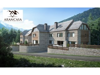 New development of single-family homes in Salardú | 4 Bedrooms