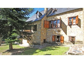 Detatched House in Gessa, seasonal winter rentals | 4 Bedrooms | 2WC