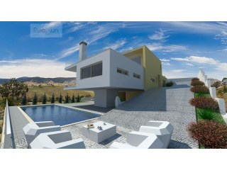 Plot of land with approved project, Albufeira |